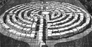 800px-Labyrinth_28